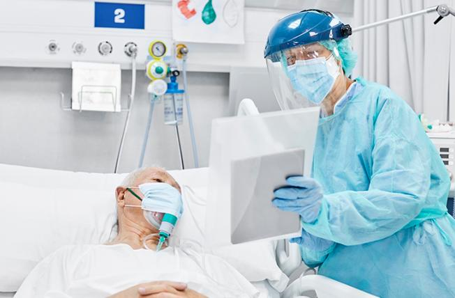 ICU staff with tablet